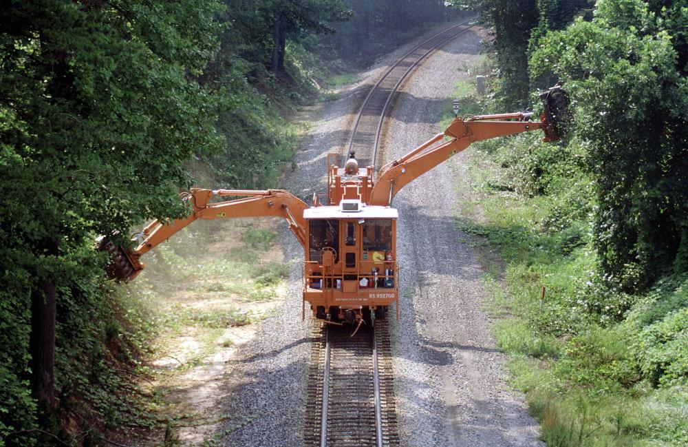 Construction-Rail-Track
